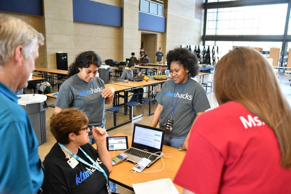 Over 100 High School Students Participate in #KleinHacks