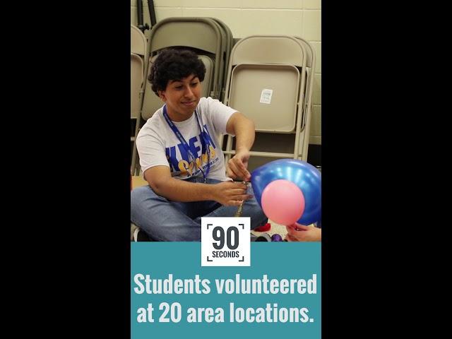 Estudiantes al servicio de la comunidad, 90 segundos