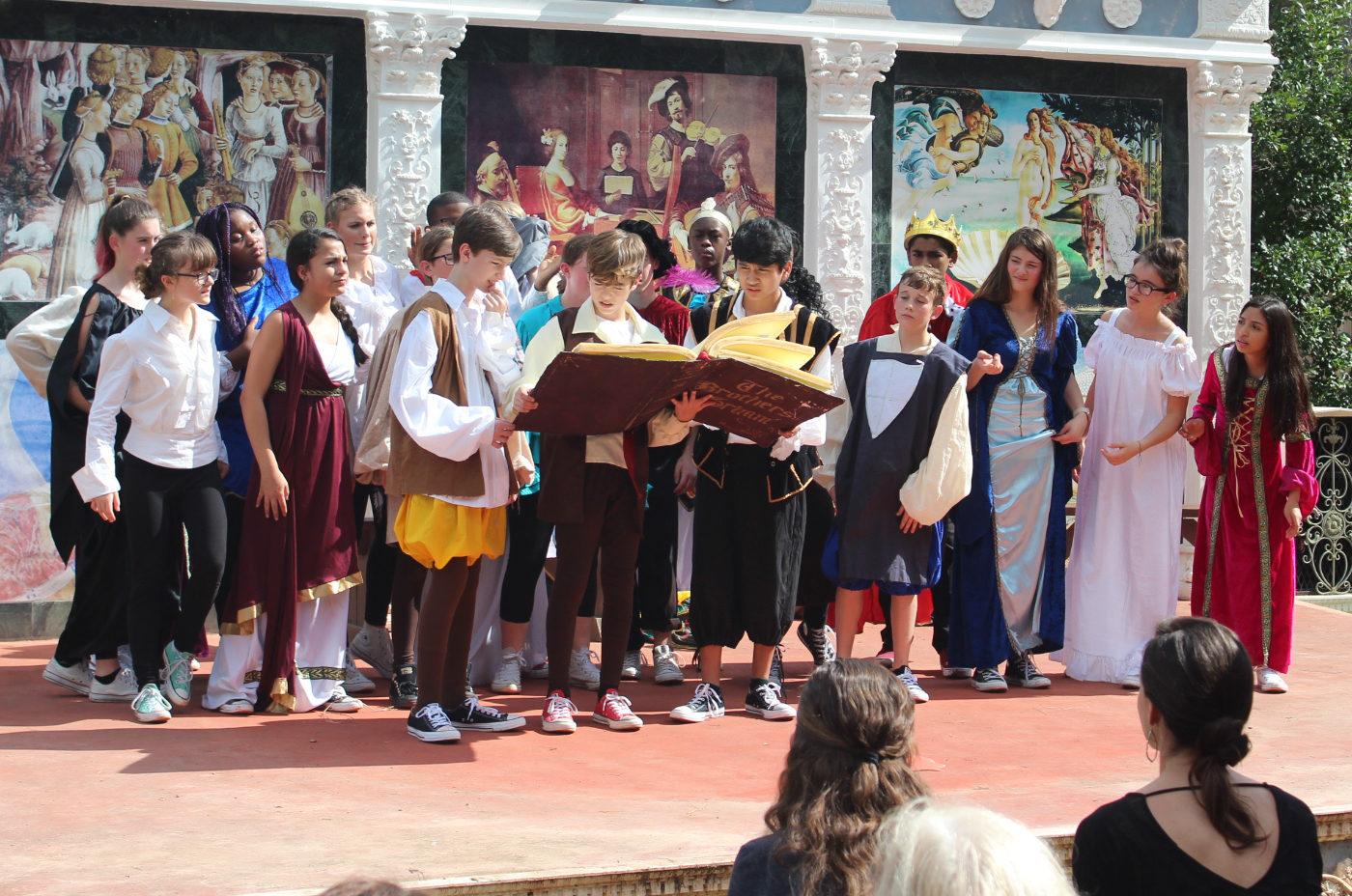 Estudiantes de Bellas Artes compiten en el Renaissance Festival