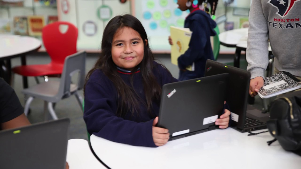 Estudiantes de jardín de infantes a cuarto grado participan en Klein en el Día del Diseño del Espacio