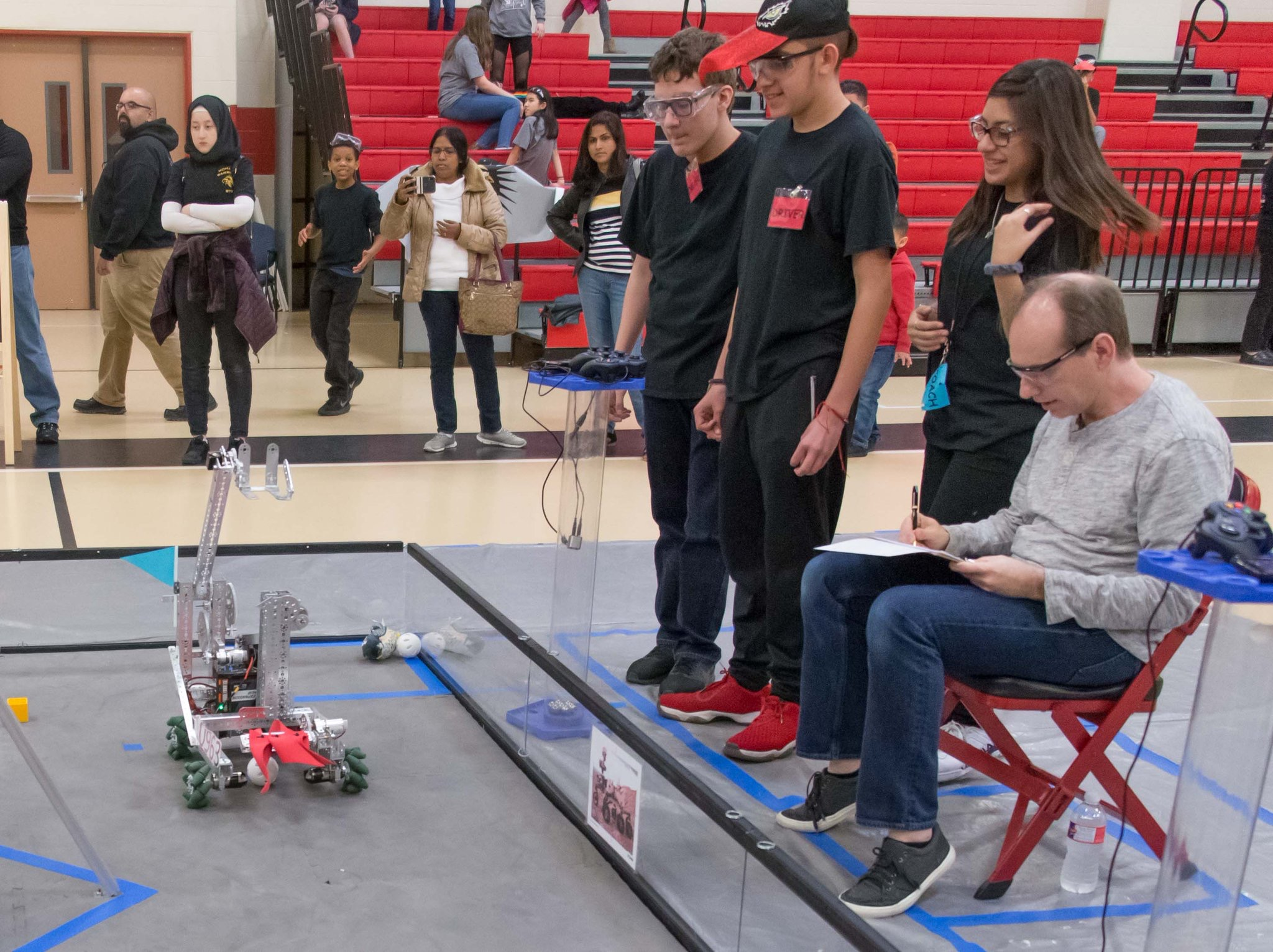 Klein Intermediate Lands First Place at Robotics Competition