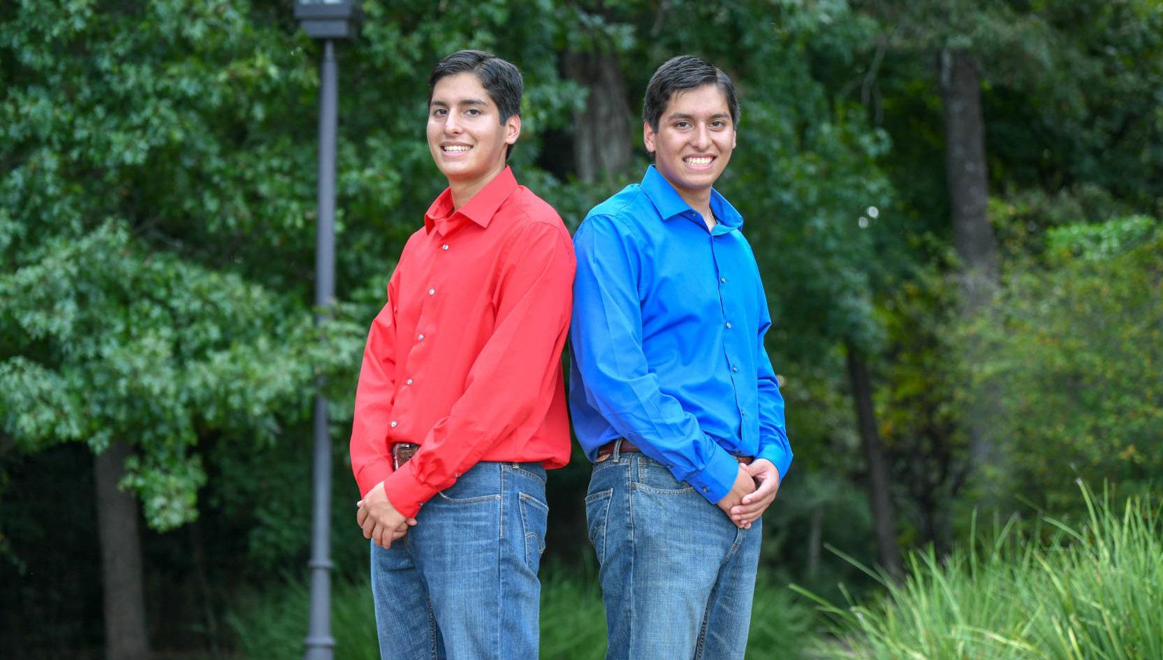Identical Twins Graduate as Valedictorian and Salutatorian