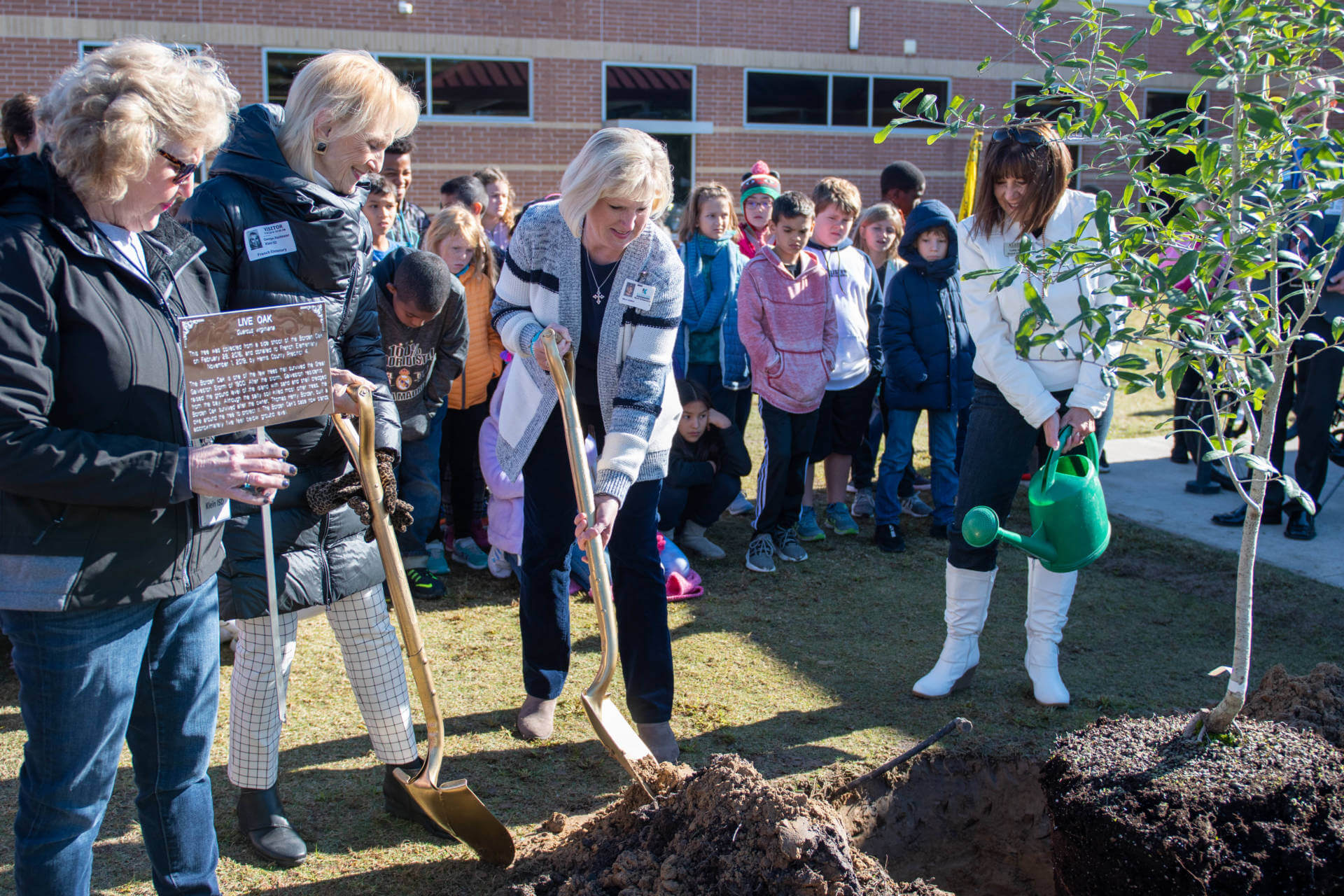 French Elementary Welcomes Pct. 4 Legacy Tree to its Forever Home