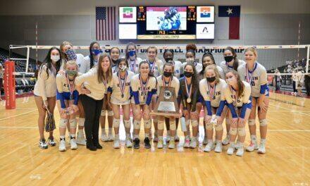 Klein High se lleva la plata a casa en el Campeonato Estatal de Voleibol