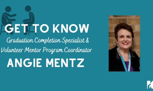 Conozca a Angie Mentz: especialista en finalización de graduación y coordinadora del programa de mentores voluntarios de Klein ISD